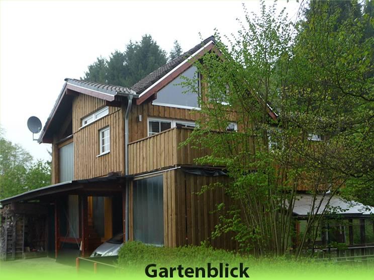 Das Westerwald Ferienhaus bietet Platz für bis zu 8 Personen.