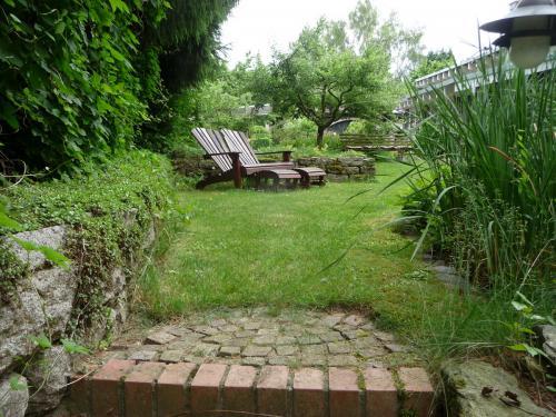 Ferienhaus mit Garten, Liegewiese