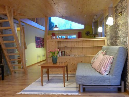 Wohnzimmer, Fernsehsofa
